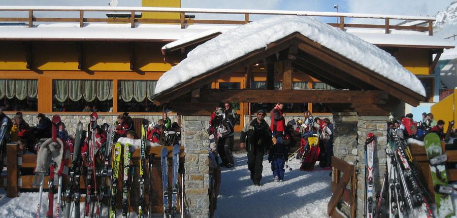 italy_bormio_hotel_girasole_entrance.jpg